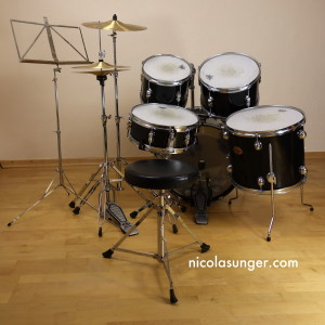 XS Drum Kit (back)