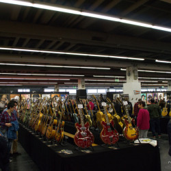 Musikmesse_Frankfurt_Plaza_Guitars_01