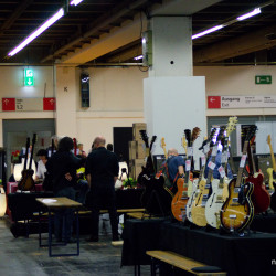 Musikmesse_Frankfurt_Plaza_Guitars_09
